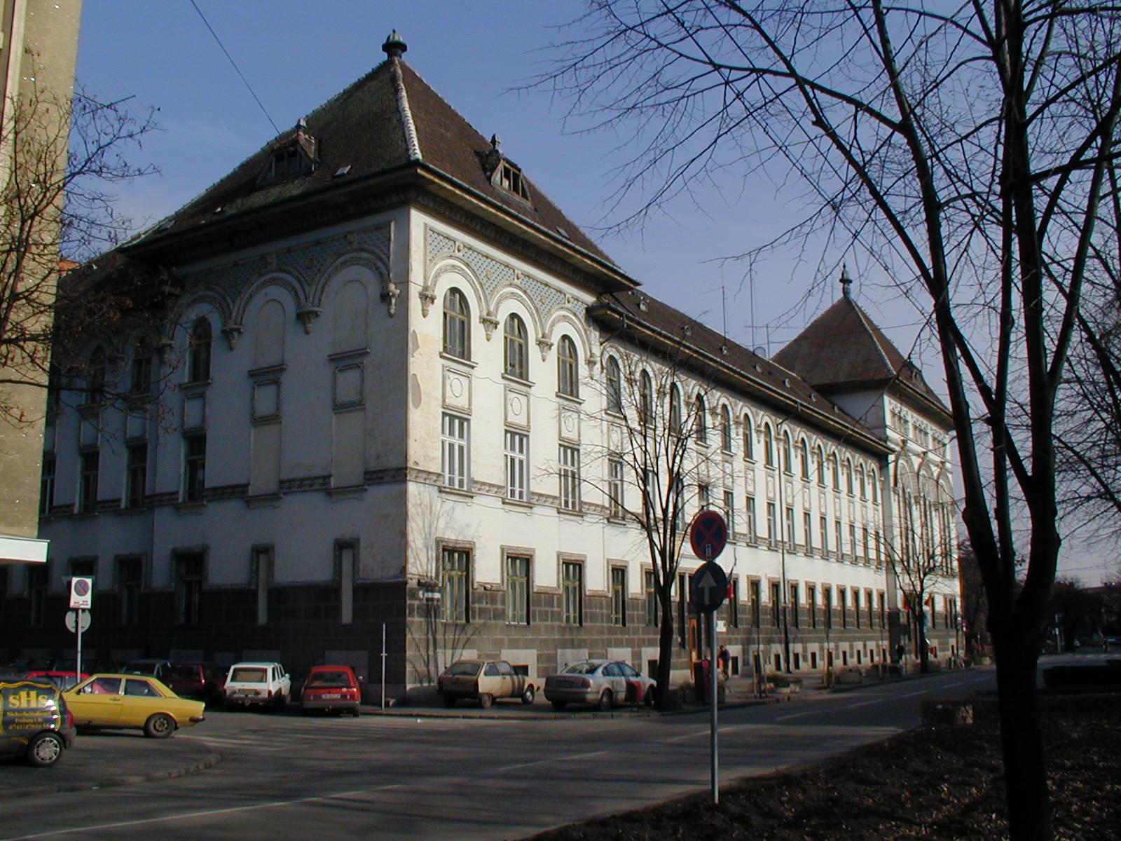 Timisoara, acoperita de inca un an…